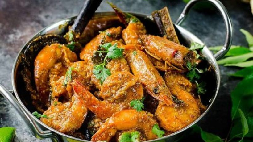 Soft frozen prawn curry: quick seafood recipe to bring India to the table